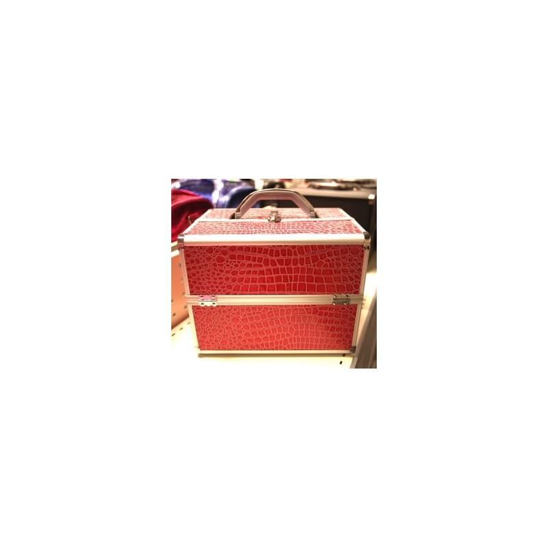 Roosa meigi kohver